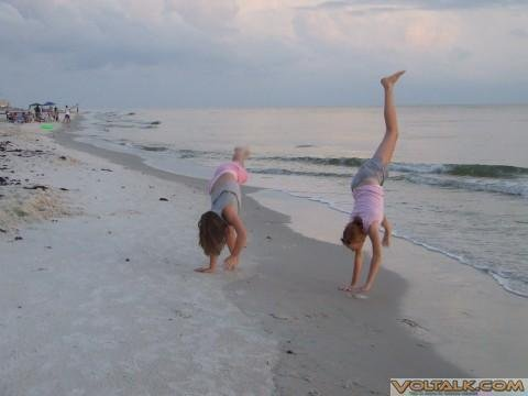 Cape San Blas, Fl. '07 - cartwheels