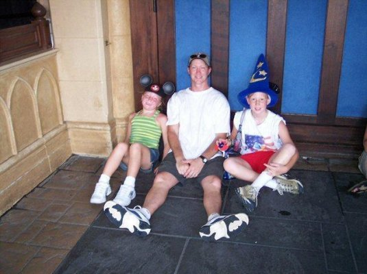 It was HOT at Disneyworld.... '05
