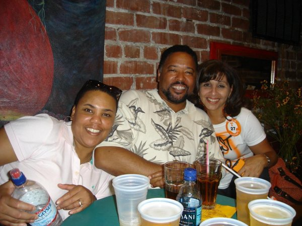 My friend Michelle, my fiance and me.....drinking b4 the Cal